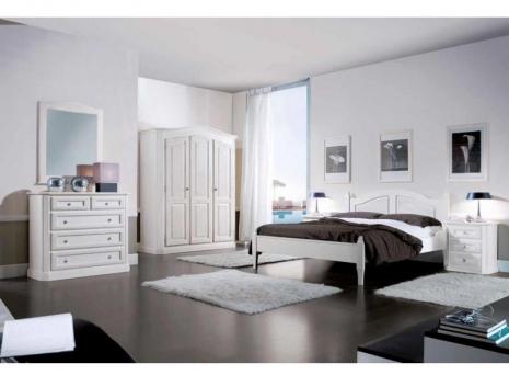 Top 3 seturi de mobila pentru dormitor din lemn masiv